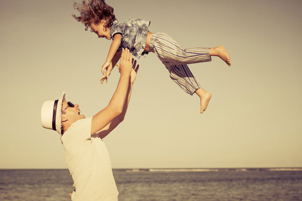 Dad and child play. GYmbaROO babyroo article on dads.
