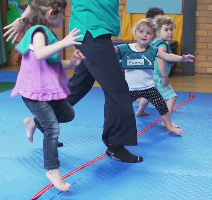 GymbaROO children learning and having fun at mat time